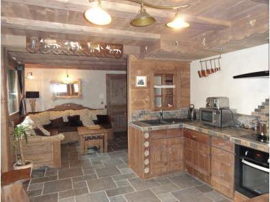 Montagne et prestige location d 39 appartements et de chalets - Cuisine chalet montagne ...
